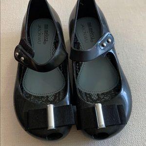 Mini Melissa girls peep toe shoes